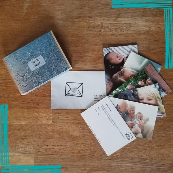 1 box vide par mois + 1 enveloppe contenant jusqu'à 5 cartes expédiées toutes les semaines pour remplir la box, sans engagement