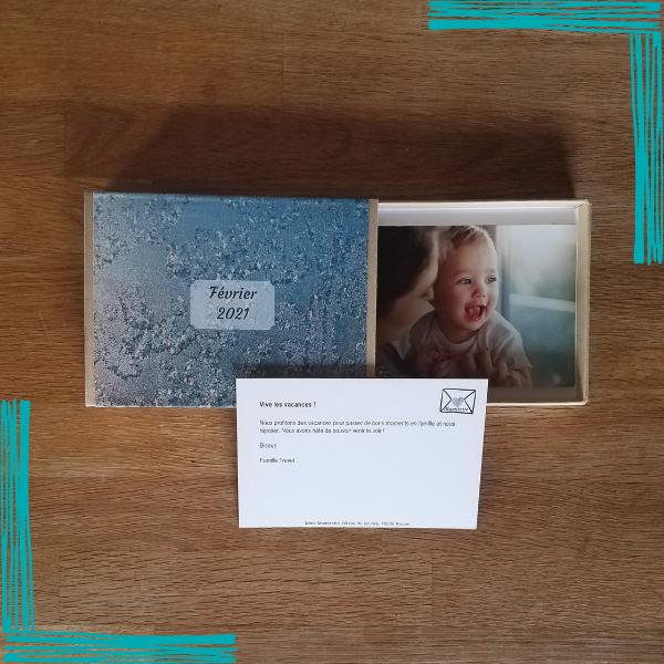 1 box contenant jusqu'à 20 cartes et expédiée avec amour une fois par mois, pendant 1 an.